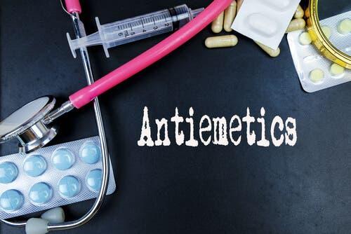 Antieméticos para prevenir náuseas e vômitos