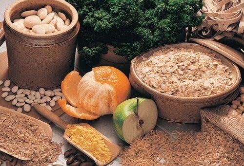 Alimentos com fibras para melhorar a endometriose