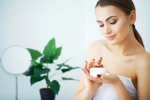 3 dicas para aliviar a pele ressecada