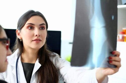 Osteossarcoma: o que é e como é tratado?