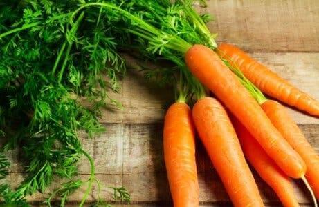 As cenouras contêm caroteno