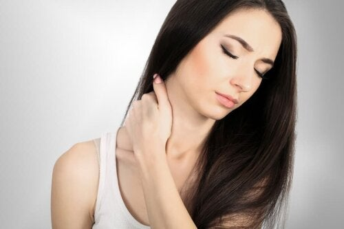 Sintomas e tratamento da cervicalgia