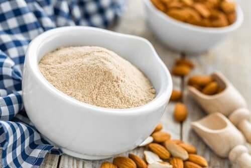 Amêndoa em pó, ingrediente rico em ácidos graxosessenciais