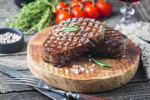 Quantas vezes por semana devemos comer carne?