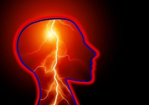 Crise epiléptica: o que é e como agir diante de uma?