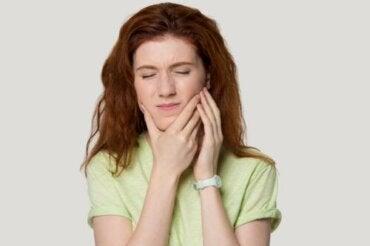 Síndrome da tensão temporomandibular