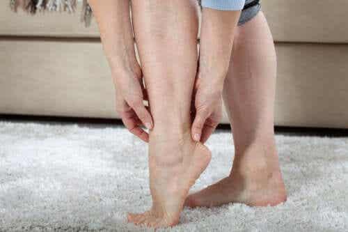 O que é a síndrome das pernas cansadas?