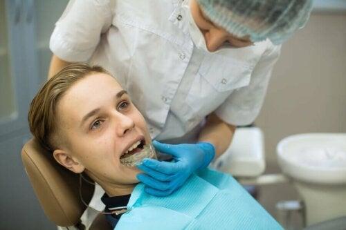 Consulta com odontologista