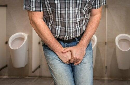 Homem com infecção urinária