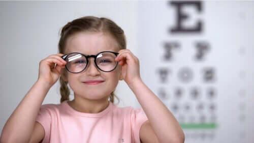 Como detectar o astigmatismo em crianças?