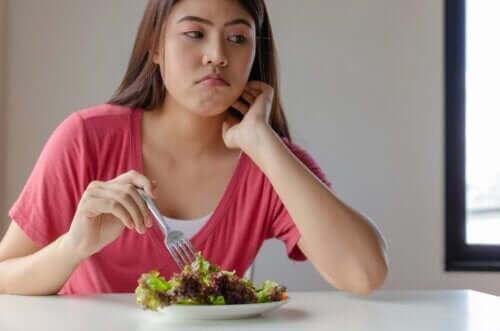 Quais são as doenças causadas pela deficiência de vitaminas?