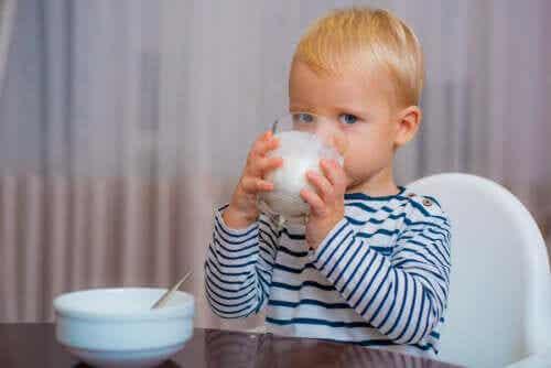 Qual é o melhor leite para crianças com mais de um ano?