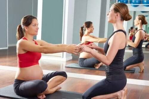 Quais são os melhores exercícios físicos para fazer na gravidez?