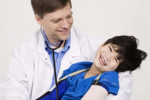 Quais são os tipos de paralisia cerebral?