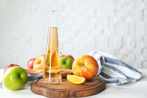 6 efeitos colaterais do excesso de vinagre de maçã