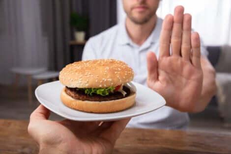 Dieta saudável para evitar problemas digestivos