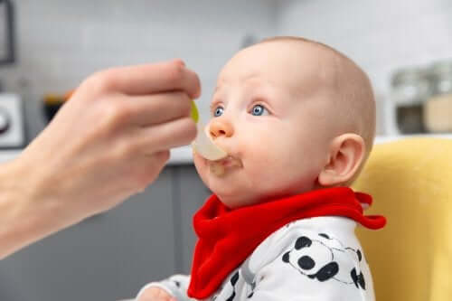 Diretrizes para a introdução alimentar dos bebês