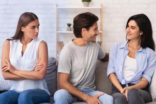Como lidar com o ciúme após uma infidelidade