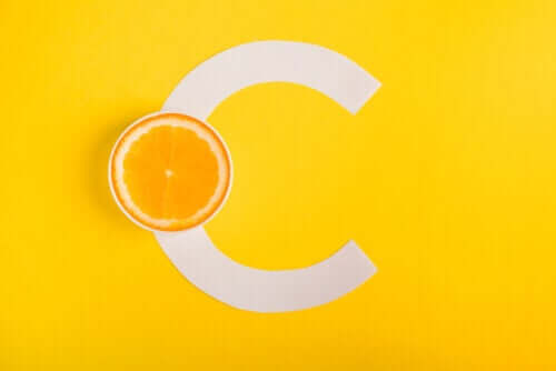 A vitamina C ajuda a combater as alergias?