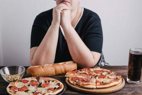 Comer exageradamente