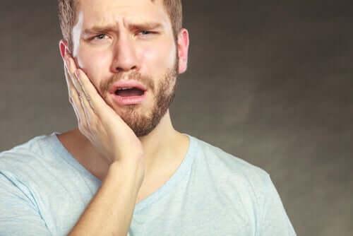 Por que algumas pessoas são mais sensíveis à dor do que outras?