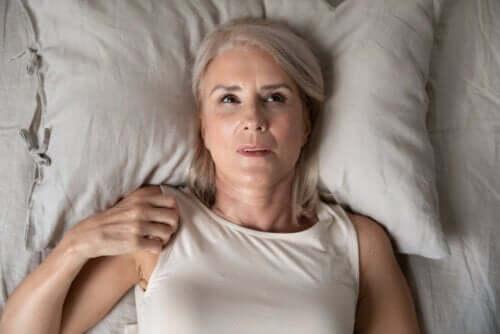 Ansiedade noturna: causas e chaves para superá-la