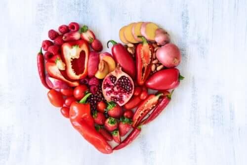 Vegetais vermelhos: valor nutricional e como incluí-los na dieta