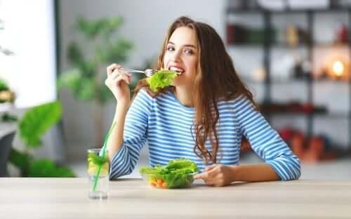 6 truques para comer menos sem passar fome