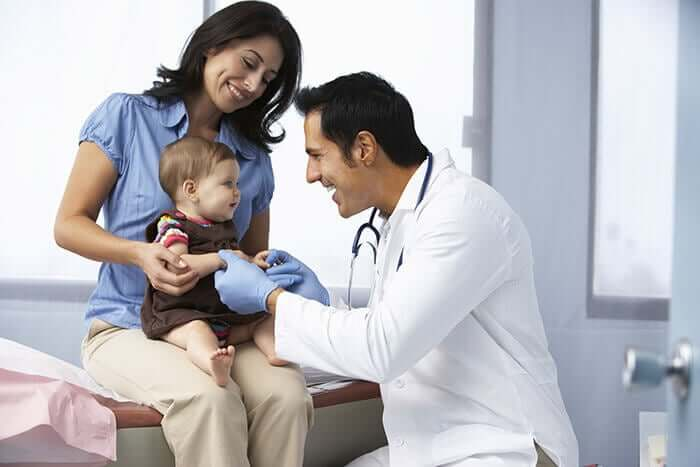 Consulta com pediatra