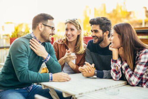Falar com os amigos