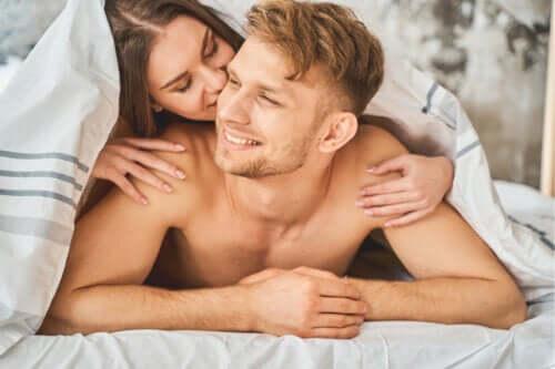 10 dicas para a masturbação a dois