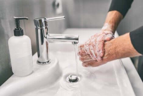 Renovar o lavatório do banheiro com dicas simples