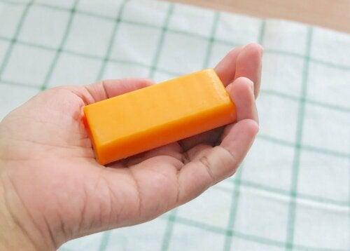 Sabonete à base de mamão