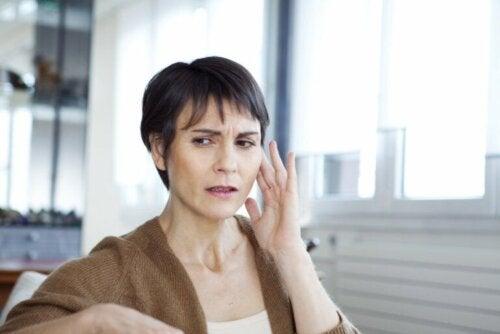 O que é a síndrome do ouvido musical e como é tratada?