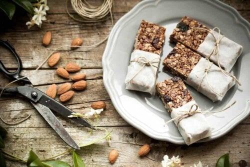 As barras de cereal caseiras são mais saudáveis