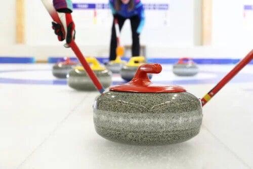 Curling: o que você deve saber sobre esse esporte de inverno