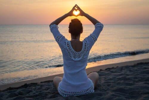 O que é o kundalini yoga?