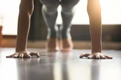 Variações do exercício de flexão para evitar dor nos pulsos