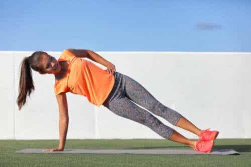 Exercícios com o peso corporal: o que são e quais são seus benefícios?