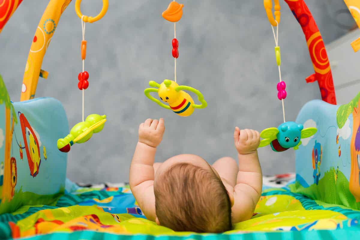 Dicas para estimular a capacidade visual de um bebê