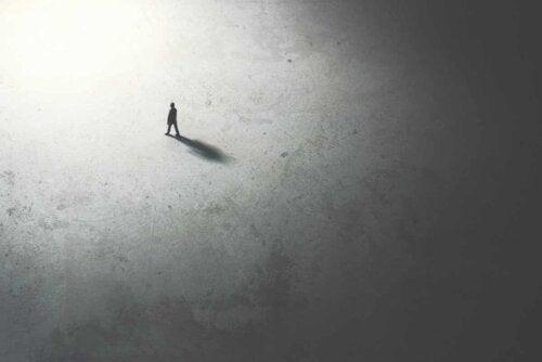 Refletir em solidão