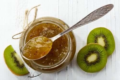 Geleia de kiwi: receita passo a passo