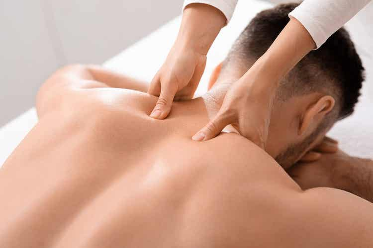 Massagem de tecido profundo