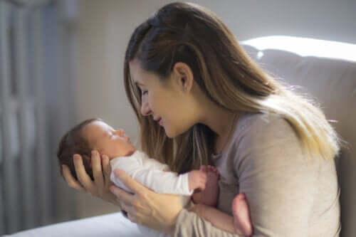Dicas para estimular a capacidade visual do bebê