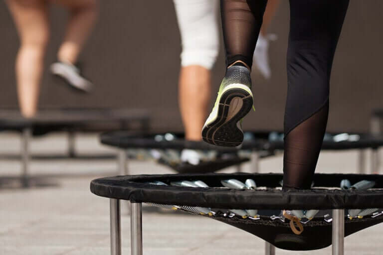Como praticar o jumping fitness?