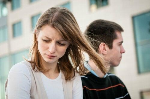 Solidão no relacionamento: principais causas e como superá-las