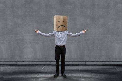 Como lidar com críticas negativas?