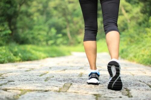 Caminhar após as refeições ajuda a prevenir a diabetes tipo 2
