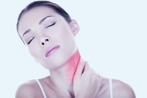 6 remédios caseiros para tratar o torcicolo