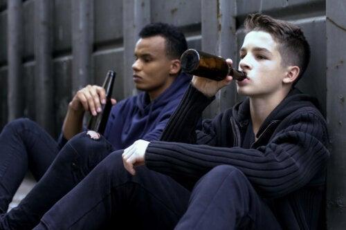 Alcoolismo na adolescência: tudo que você precisa saber